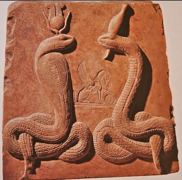 Госпожи Двух земель - Уаджит и Нехбет