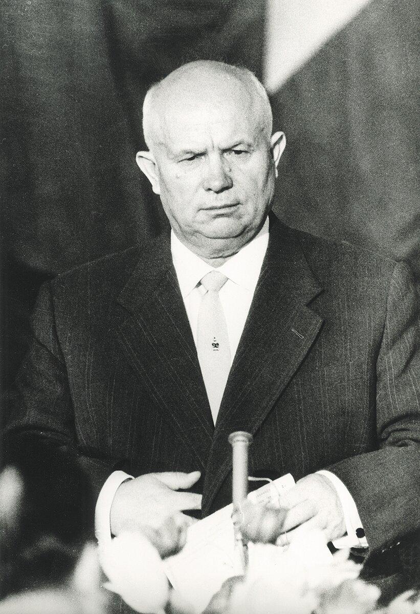 Никита Хрущев. Человек, который начал закат империи.